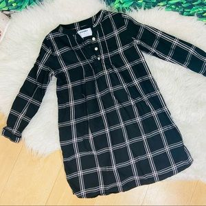 Old Navy Plaid Black and white long sleeve casual dress toddler girl 5T